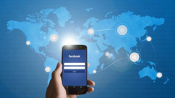 facebook-on-smartphone